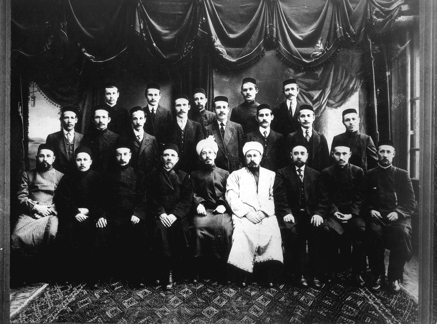 Преподаватели медресе «Мухаммадия». Начало XX в.